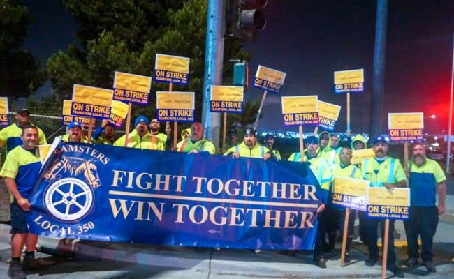 Coordinated Teamsters Practice Strike At Republic Services
