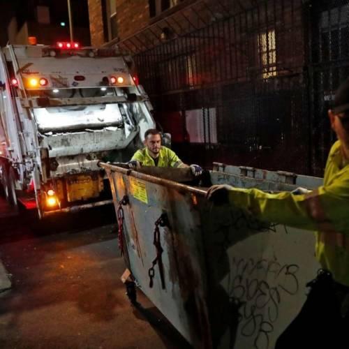 Toughest job in SF? Tenderloin garbagemen work late at night to clean filthiest streets